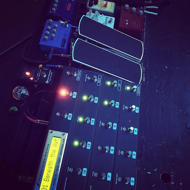 Playing through something different this AM.  @fractalaudio @empress_effects @ehxnyc @ernieball